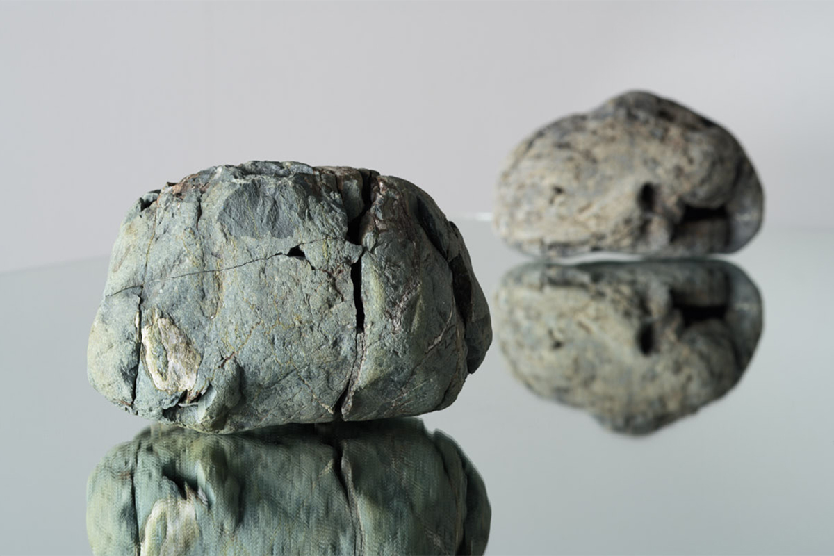 石による現代アート作品制作—TheEncounter Field—をテーマとする新しい試み